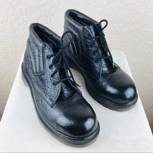 Dr Martens black lace up boots sz 9